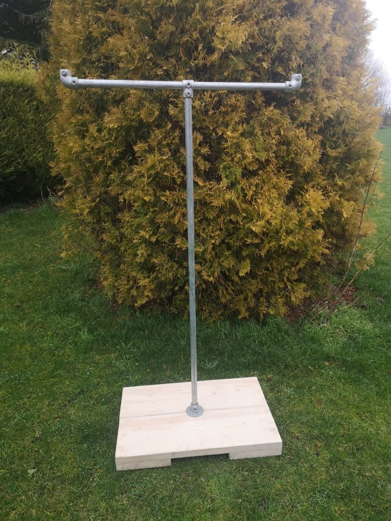 t shaped scaffold pipe shop clothes hanger